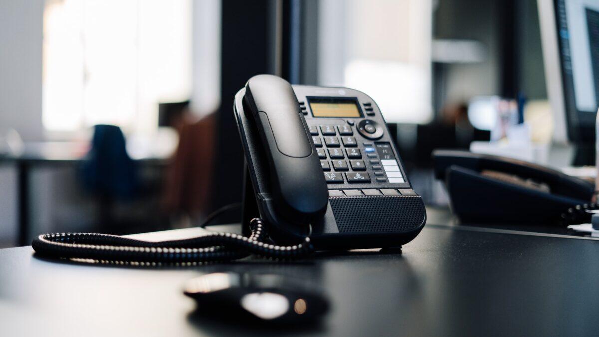 Вице-министр: Казахстан может остаться в телефонной зоне +7